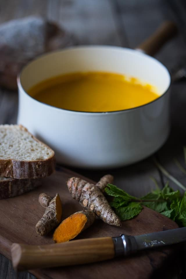 Glowing Carrot Ginger Turmeric Soup
